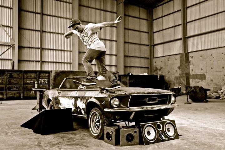 Maxime Rousseau - wallplay contest photo qualifié numéro 3 - backside tailslide shove-it out mustang
