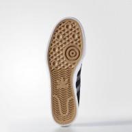adidas-matchcourt-chaussures-de-skate-black-white-2